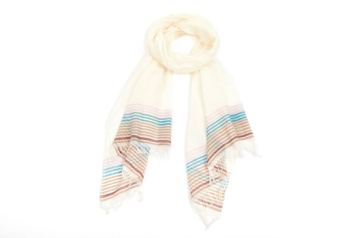 foulard coton blanc lignes multicouleur lilas oxfam magasins du monde. Black Bedroom Furniture Sets. Home Design Ideas