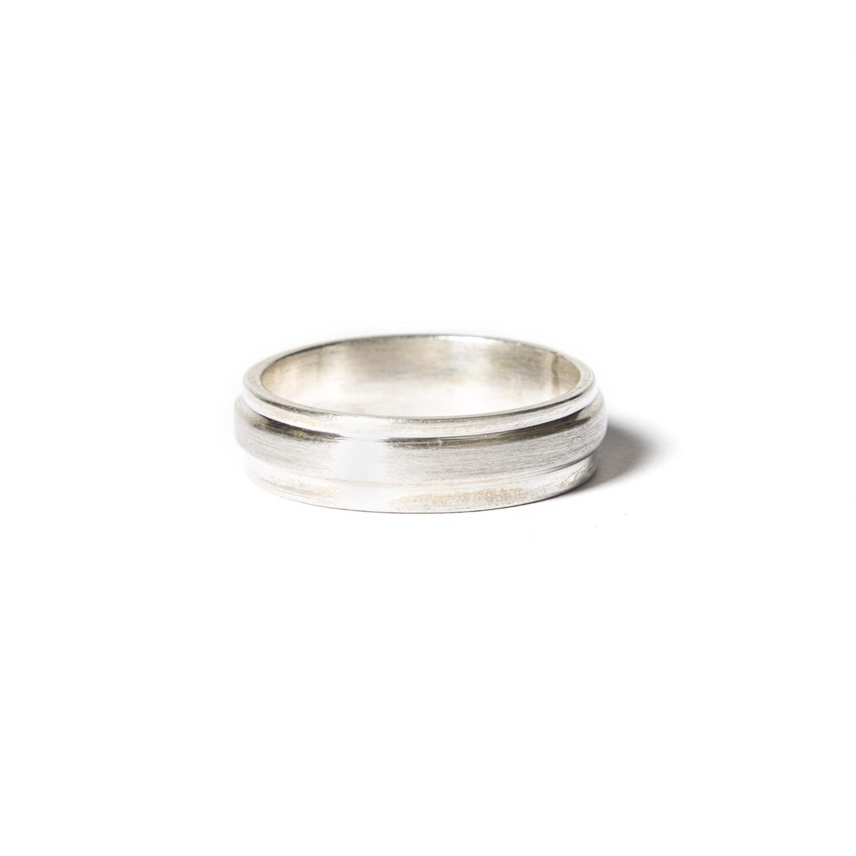 Ring Zilver Breed Midden Mat